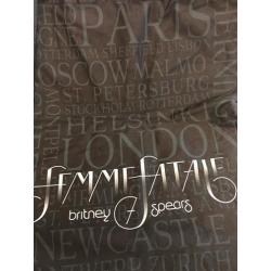"""""""Femme Fatale Tour 2011""""..."""